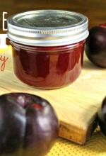How to Make Homemade Jelly : Plum Jelly Recipe