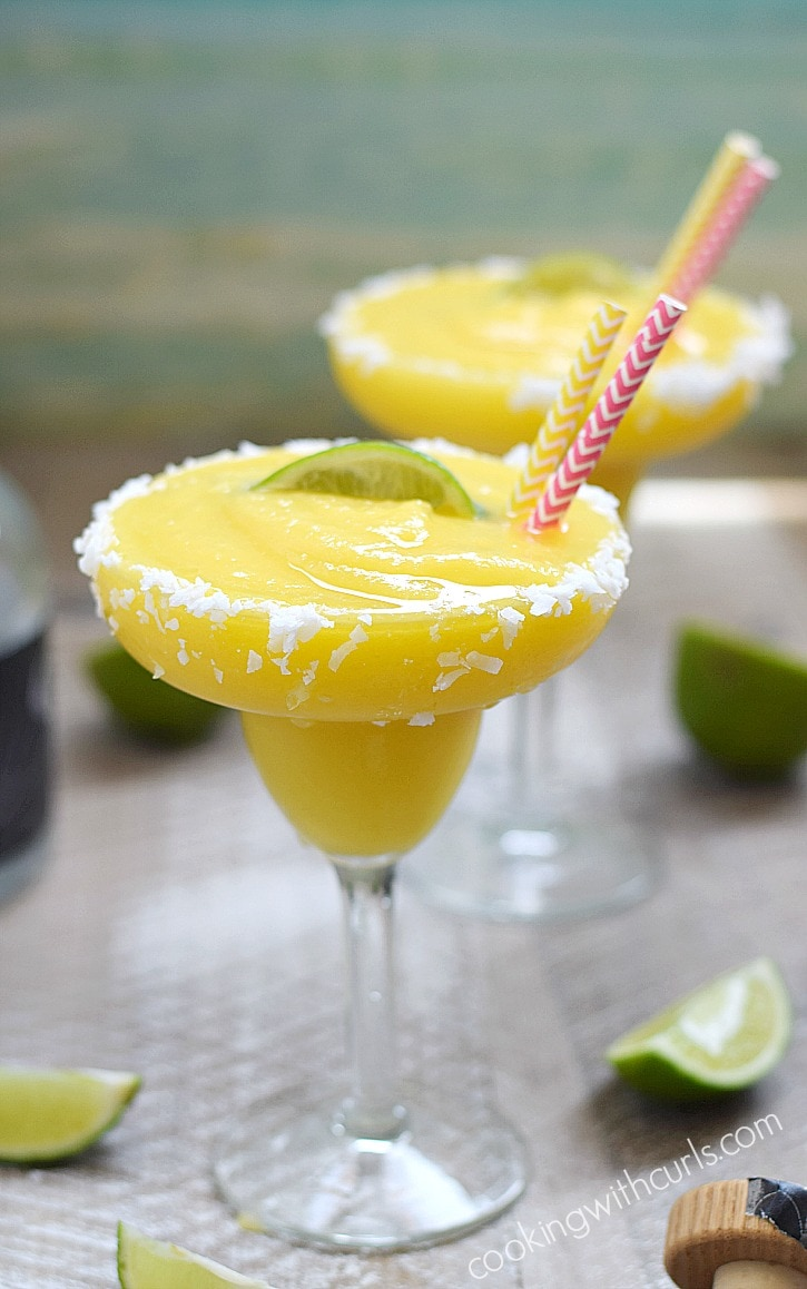 These-Frozen-Tropical-Margaritas-are-like-sunshine-and-ocean-breezes-in-a-coconut-rimmed-glass-cookingwithcurls.com_