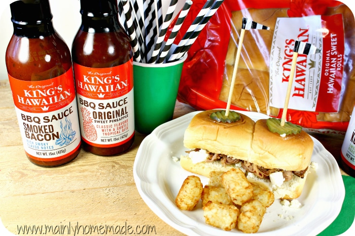 slow cooker pulled pork sliders kings-hawaiian