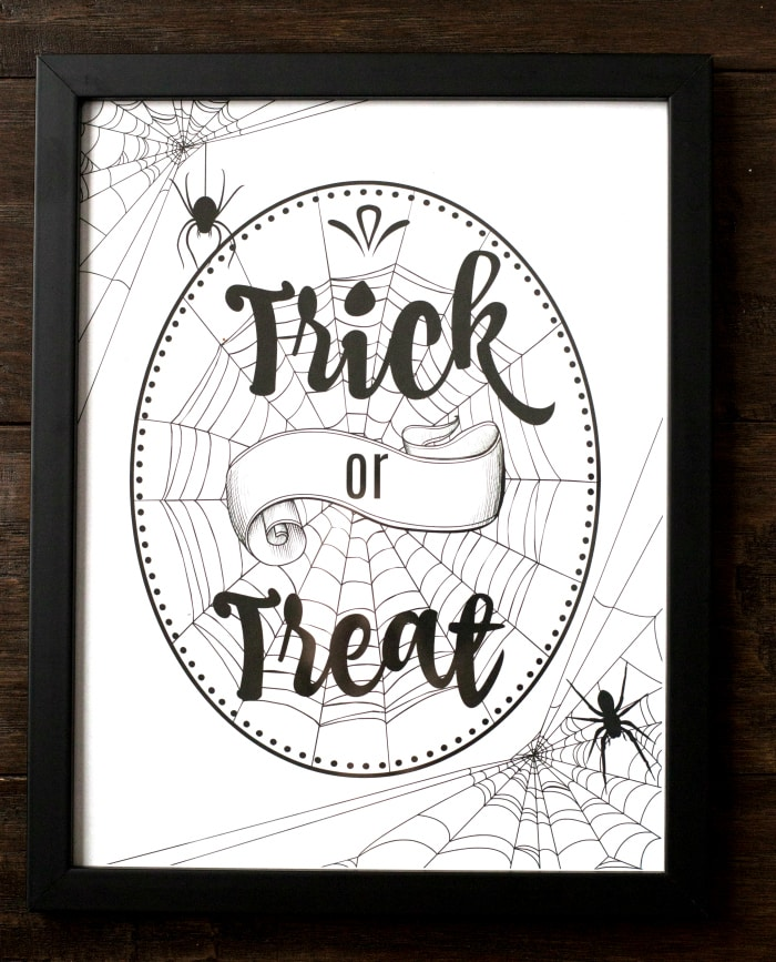 Halloween trick or treat printable wall